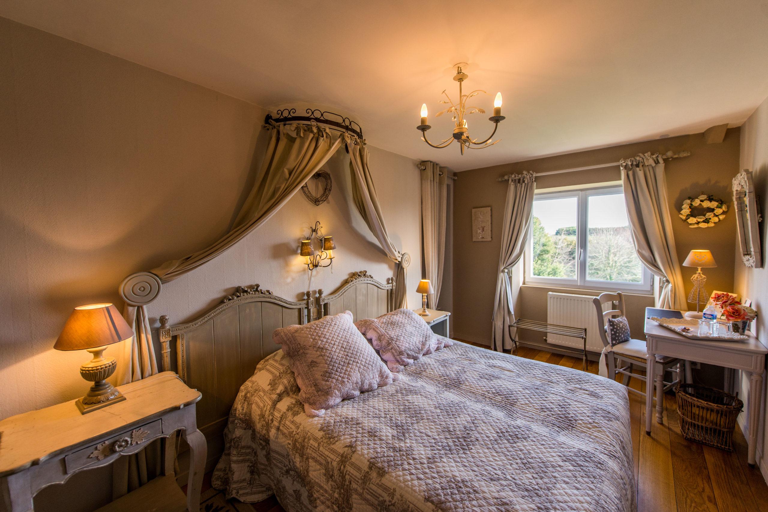 B&B-La-Barbinais-chambres-dhotes-saint-malo-cote-campange-lit
