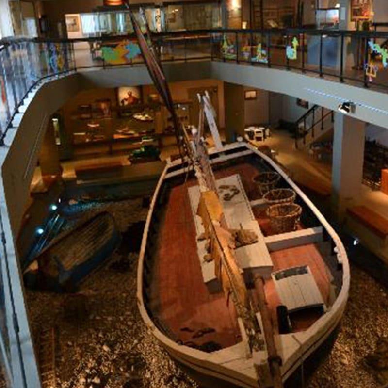 Gedenken an das Erbe des neufundländischen Segelbootes Sainte Malo Fécamp-Boot